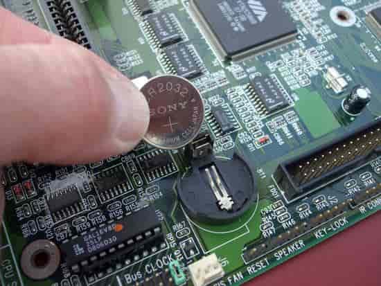Замена батарейки CMOS-памяти